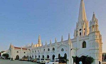Madras : basilique Saint-Thomas de Chennai