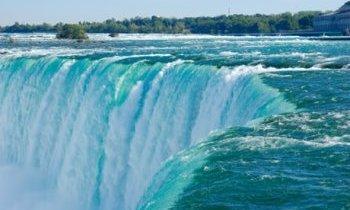 Canada, Les chutes Niagara