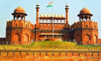 New Delhi : fort rouge